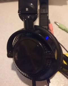 headset03